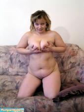 Sexy chubby blonde - BBW Nude Gallery PlumperWorld.com